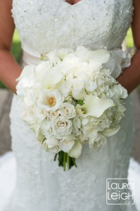 Alison's bouquet included lush and lovely roses, tea roses, hydrangea and calla lilies.